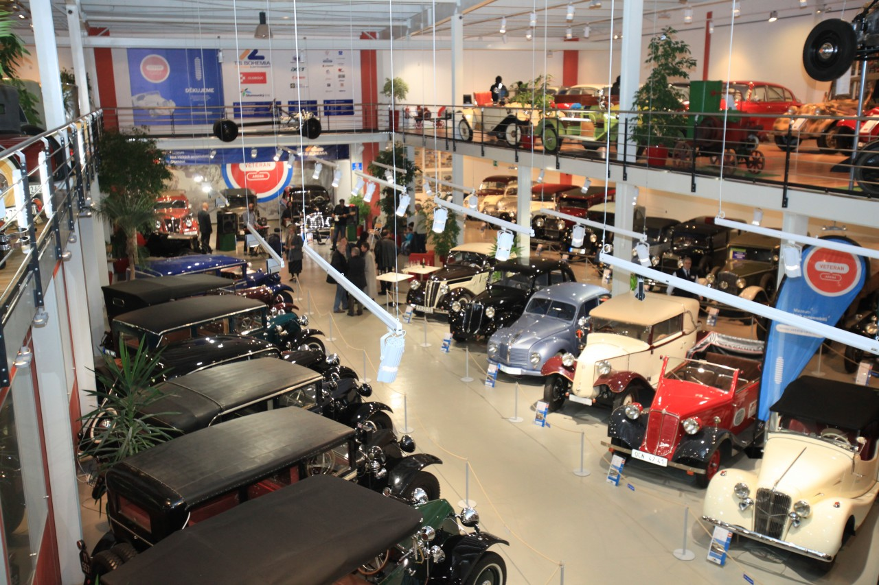 Veteran car Arena