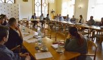 Příprava východní tangenty: jednání s vlastníky pozemků, hledání vodních zdrojů, územní řízení