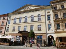 Kontrolní den v Moravském divadle: nové propadlo a více místa pro první řadu | © Blanka Martinovská