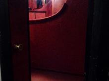 Vstup do lóže (pohled z chodby)